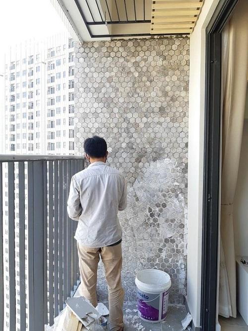 da mosaic tu nhien op tuong ngoai troi cho chung cu