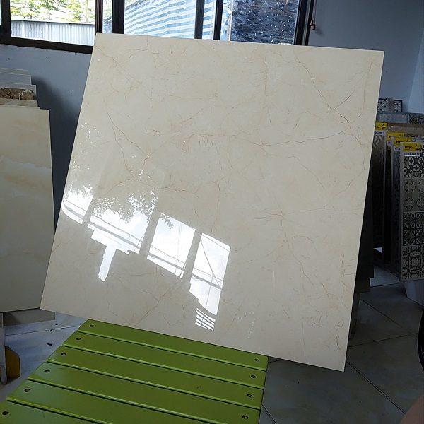 Gạch Lát Nền 60×60 Màu Vàng Kem Vân Đá Bóng Kính Vitto 773