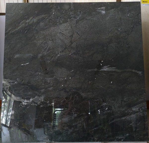 Gạch Lát Nền 80×80 Màu Đen Vân Đá Bóng Kính Kim Cương Vitto 4001