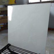 Gạch Lát Nền 50×50 Màu Trắng Xanh Nhạt Giá Rẻ Vitto 587