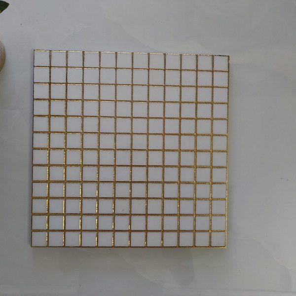 gach trang tri op tuong 30x30 mau trang nhu vang