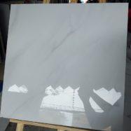 Gạch Lát Nền 60×60 Đá Bóng Kính Màu Trắng Vân Khói Giá Rẻ