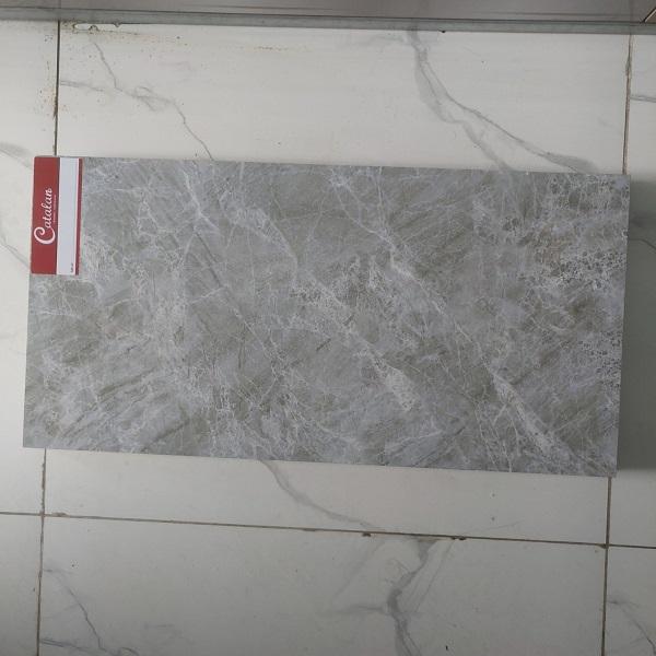 gach op tuong 30x60 van da mo catalan 3107