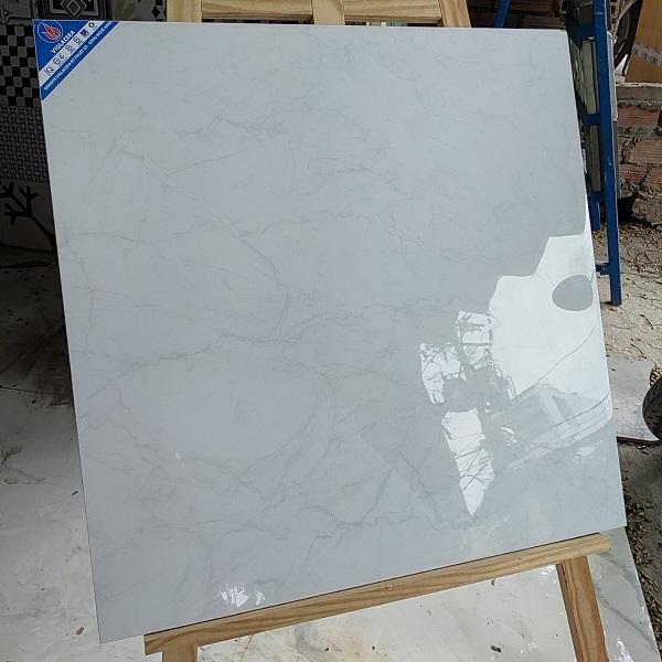 gach 60x60 bong kinh mau trang van mang nhen viglacera 6806