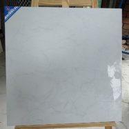 Gạch 60×60 Trắng Vân Mạng Nhện – Viglacera 6806 – Đá Bóng Kính