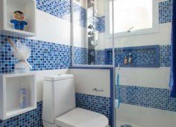 Gạch mosaic thủy tinh màu xanh cho phòng vệ sinh