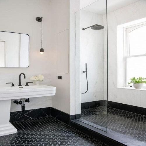Gạch lục giác màu đen cho phòng vệ sinh trẻ trung, tươi tắn