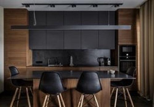 gạch thẻ màu đen dùng ốp bếp với tông nhạt