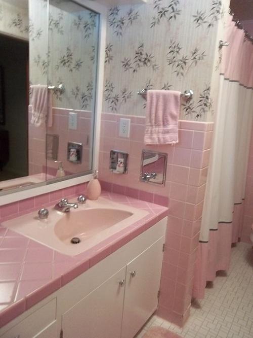 Màu hồng gợi nhớ về những kỷ niệm thời thơ ấu.