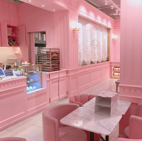 Sắc thái dịu dàng, nhẹ nhàng của gạch màu hồng đem lại cảm giác bình yên