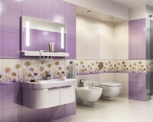 Gạch thẻ màu tím hình vuông xen lẫn hoa văn và nội thất màu trắng đem đến một không gian mới lạ