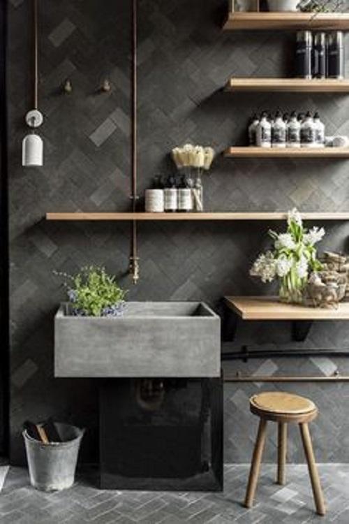 Căn phòng bếp trở nên ấn tượng hơn với tông màu gạch thẻ ốp bếp này