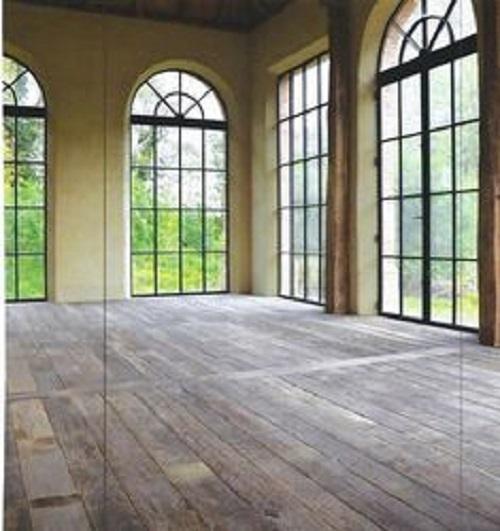 Gạch lát nền giả gỗ với độ bền cao, họa tiết chân thực