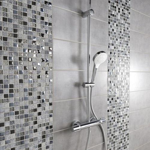 Gạch mosaic thủy tinh màu xám thiết kế theo phong cách tối giản