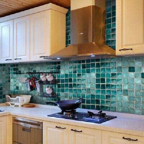 Gạch mosaic thủy tinh màu xanh có nét thu hút rất riêng