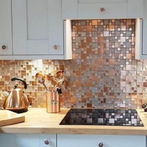 Gạch mosaic thủy tinh màu vàng ốp phòng bếp