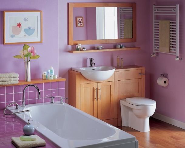 Gạch thẻ màu tím cho phòng vệ sinh độc đáo và tinh tế