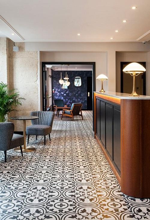 Trang trí quán cà phê bằng gạch bông cổ điển