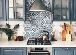 Gạch bông vân cổ điển cho phòng bếp thoáng mát