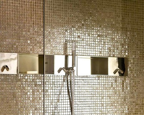 Gạch mosaic thủy tinh màu vàng cho phòng vệ sinh thoáng mát