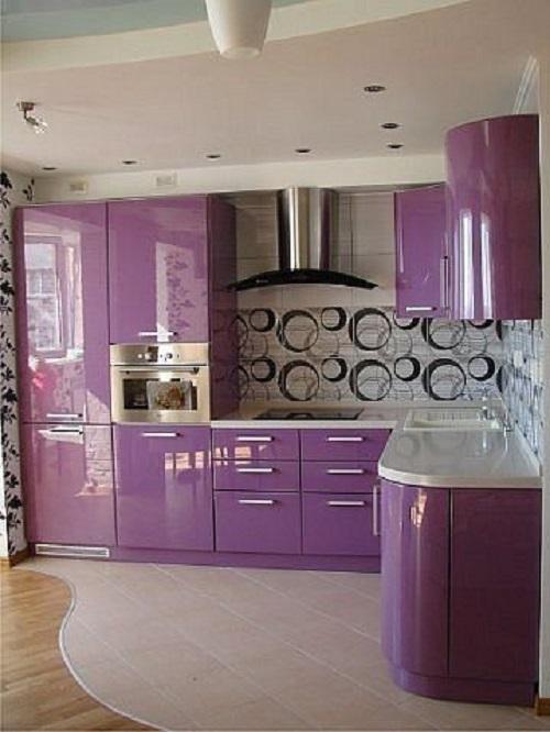 Gạch thẻ màu tím cho phòng bếp ấn tượng