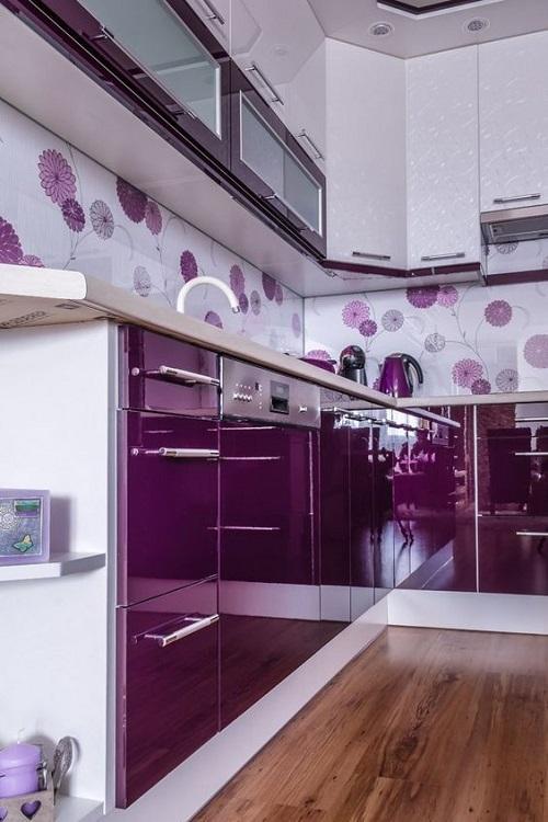 Gạch thẻ màu tím cho phòng bếp lịch sự
