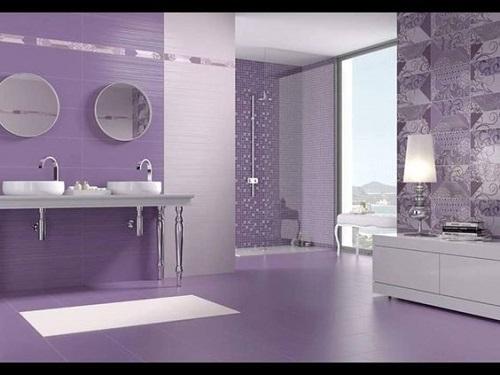 Gạch thẻ màu tím cho phòng vệ sinh nổi trội