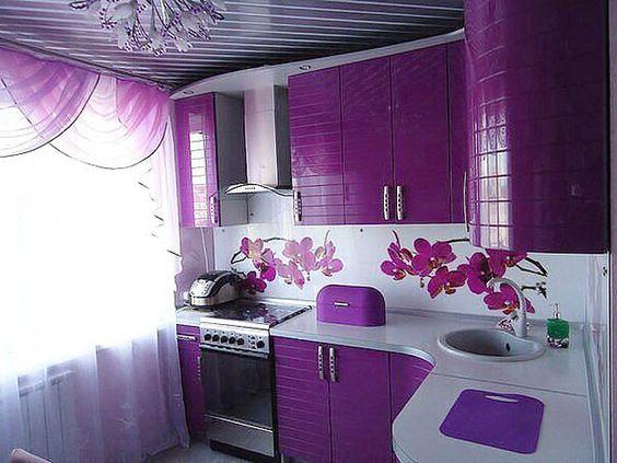 Gạch thẻ màu tím cho phòng bếp vẻ đẹp ấn tượng