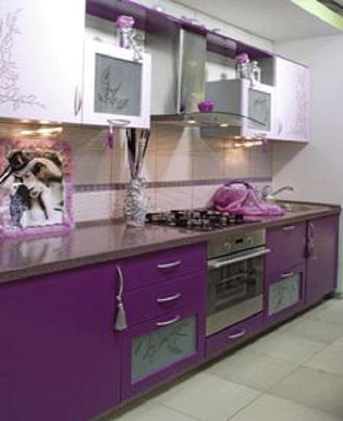 Gạch thẻ màu tím cho tường bếp vẻ đẹp tôn quý