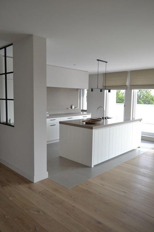 Gạch thẻ màu trắng cho tường bếp đẹp lung linh