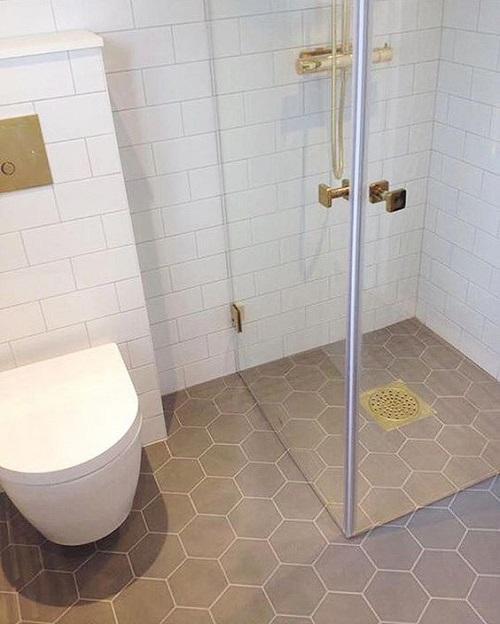 Gạch thẻ màu trắng cho phòng vệ sinh ấn tượng