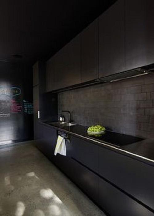 Gạch thẻ màu xám cho phòng bếp sang trọng