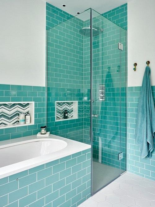 Trang trí bằng Gạch thẻ màu xanh cho phòng vệ sinh vẻ đẹp nổi bật