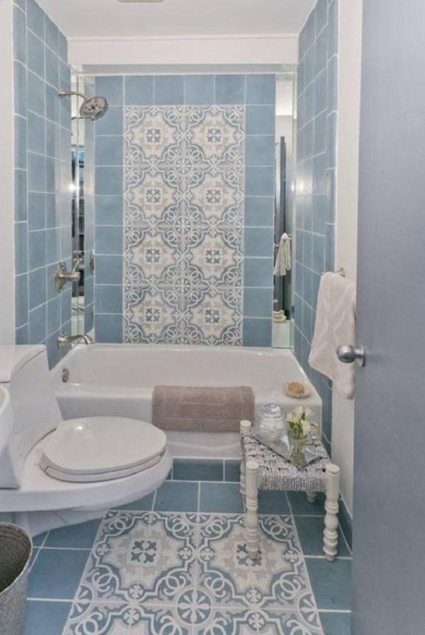 Mẫu gạch này ốp tường giúp bắt sáng tốt, lại vệ sinh lau chùi rất dễ dàng