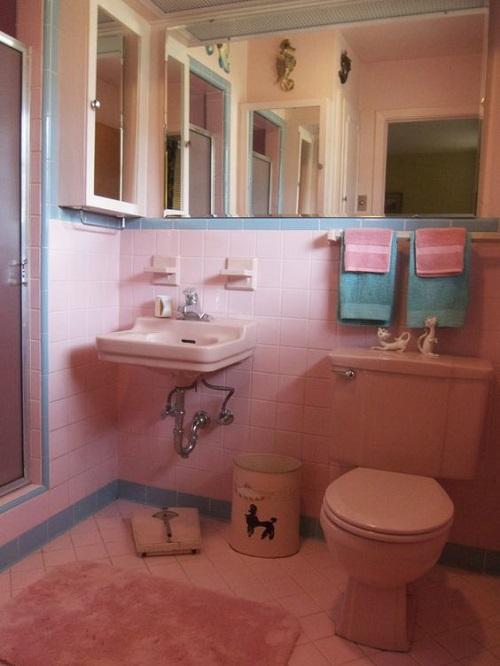 Gạch thẻ màu hồng cho phòng vệ sinh thoáng mát