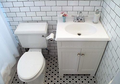 Trang trí phòng vệ sinh bằng Gạch thẻ màu trắng