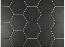 Trang trí bằng Gạch lục giác màu đen cho quán cà phê thân thiện
