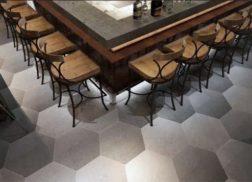 Gạch lục giác màu xám cho quán cà phê yên tĩnh mang vẻ đẹp ấm áp
