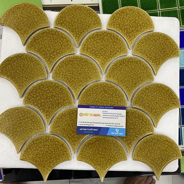 Gạch Gốm Mosaic Hình vảy Cá Ốp Bếp Màu Vàng Men Rạn