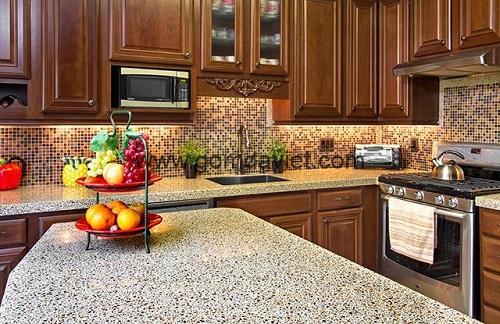 Gạch mosaic thủy tinh màu vàng cho phòng bếp độc đáo