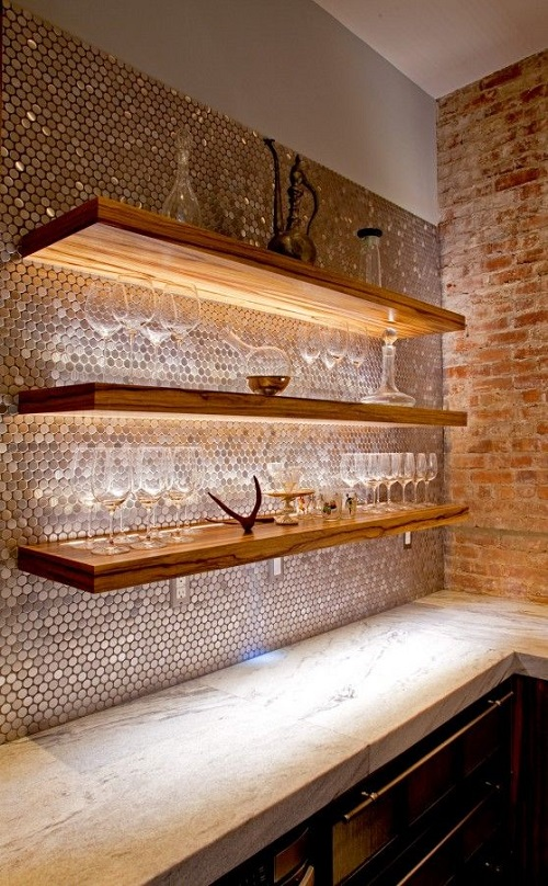 Gạch mosaic thủy tinh màu vàng cho căn bếp trở nên sáng tạo và độc đáo