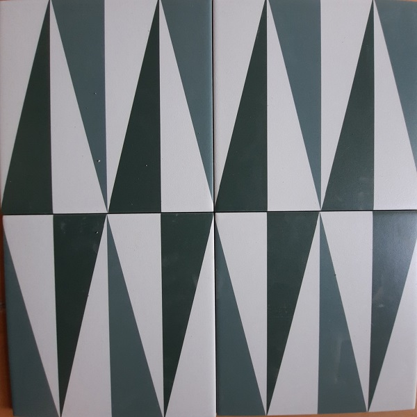 Gạch Bông Men Hình Tam Giác Màu Xanh Trắng Đen 20×20 Cm