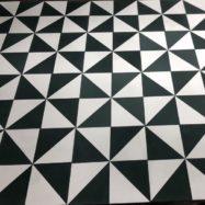 Gạch Bông Men Trắng Đen Hình Tam Giác 20×20 Cm