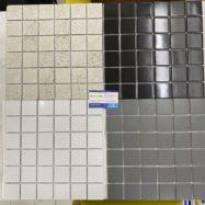 4 Mẫu Gạch Mosaic Gốm Ốp Tường Màu Trắng Đen Xám 4.8×4.8Cm