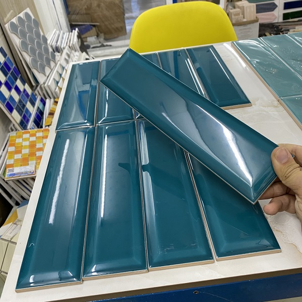gach the hinh chu nhat 6x28 cm mau xanh ngoc