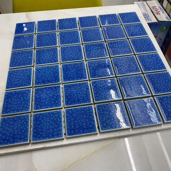 gach gom mosaic men ran xanh muc