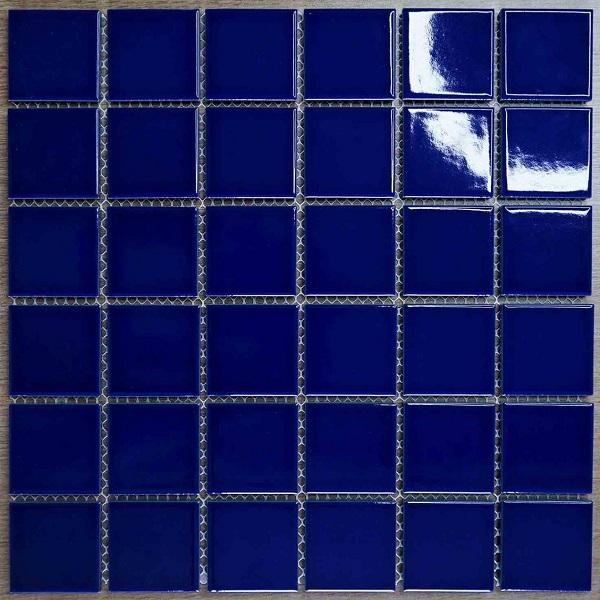 gach mosaic gom mau xanh dam