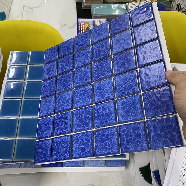 gach trang tri mau xanh cho phong tam ve sinh