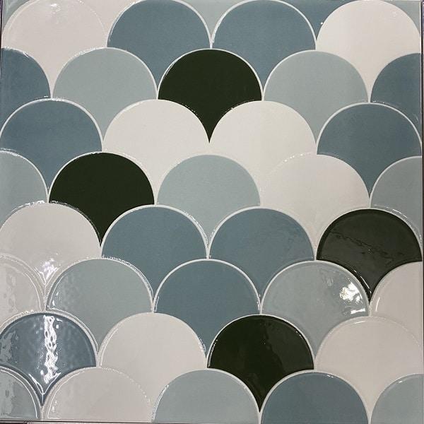 gach vay ca gia mosaic 3 mau trang xanh