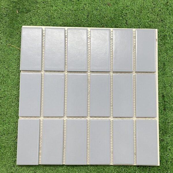 Gạch Mosaic Màu Xanh Nhạt Ốp Tường